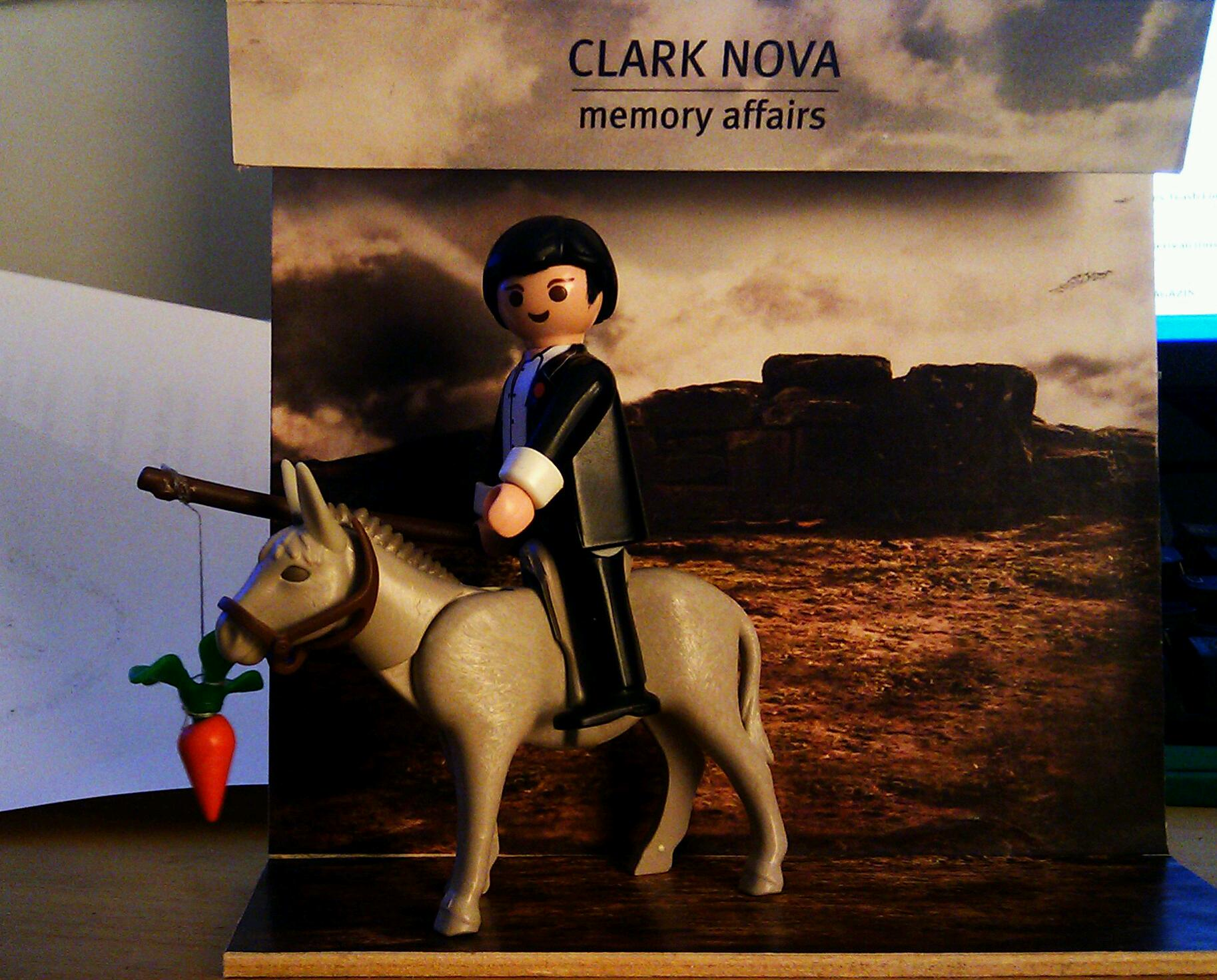 Clark Nova Memory Affairs - Playmobil Donkey and Clark